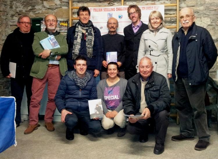 Foto_di_gruppo_per_rappresentanti_delle_Istituzioni_e_dello_staff_della_Canottieri_Lago_Orta